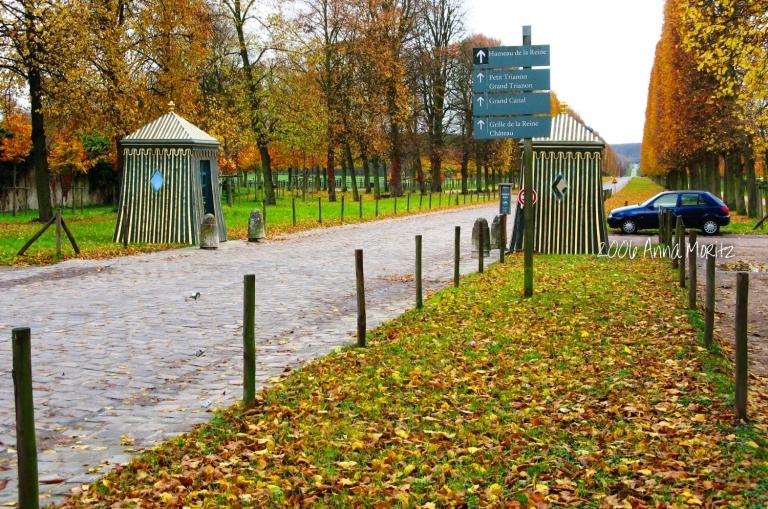 Versailles Hameau de la Reine entrance